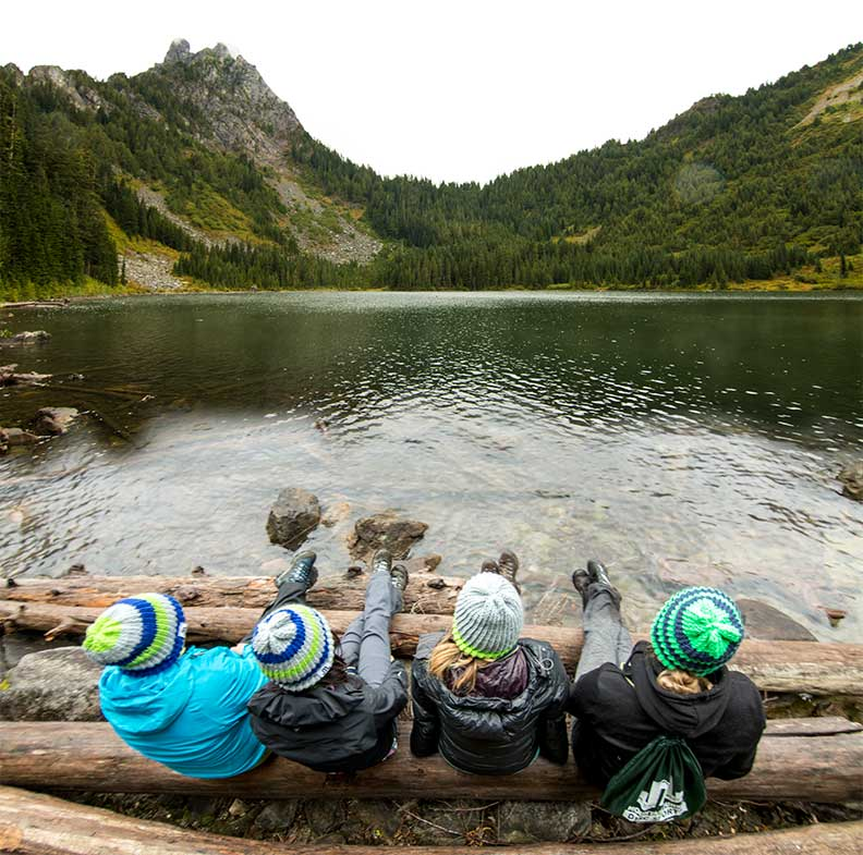 lake4-girls-log eagle lake skykomish washington